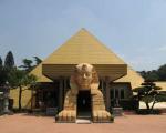 ピラミッド元氣温泉(旧:塩原温泉 ピラミッド温泉・自然館)に格安で泊まる。