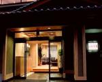 久美の浜温泉郷 潮香の宿 坂本屋に格安で泊まる。