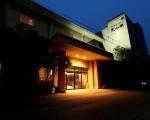 湯谷観光ホテル泉山閣に格安で泊まる。